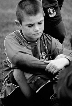 """Mia Brandt Pedersen Dansk Nikon Klub """"Fodbold"""" (serie, 1 af 4) Bedste essay"""