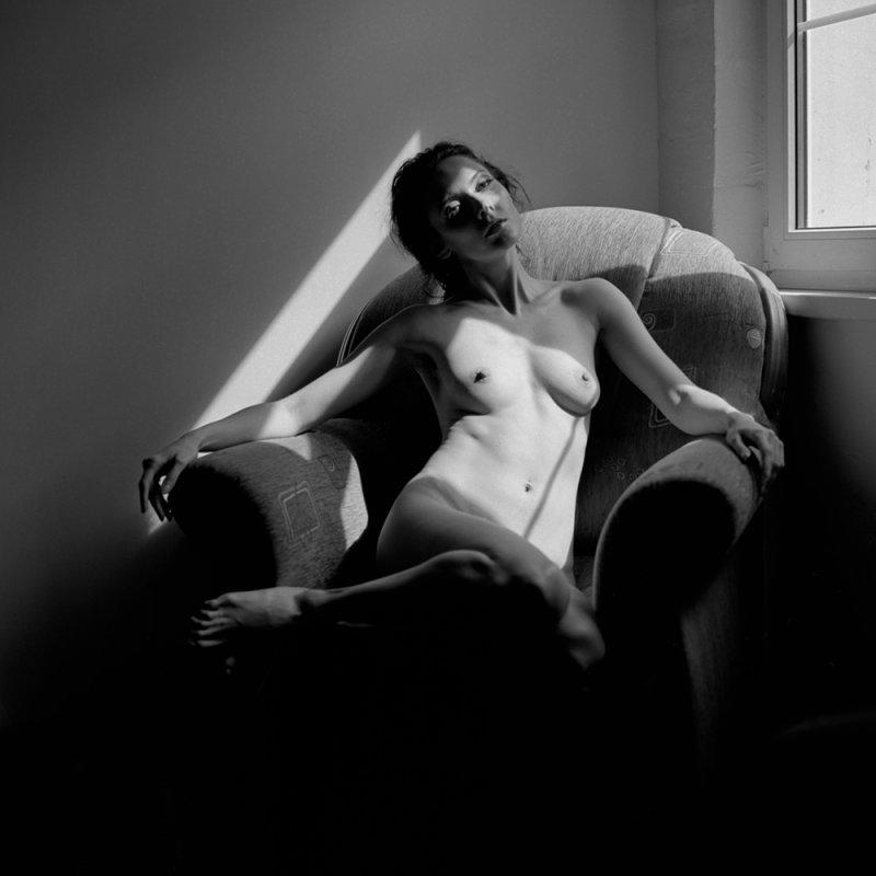 Lukas Kaminski Between Black and White.jpg