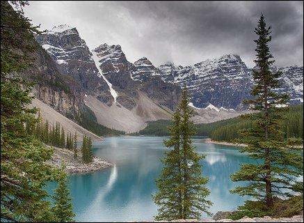 Bjerg og sø